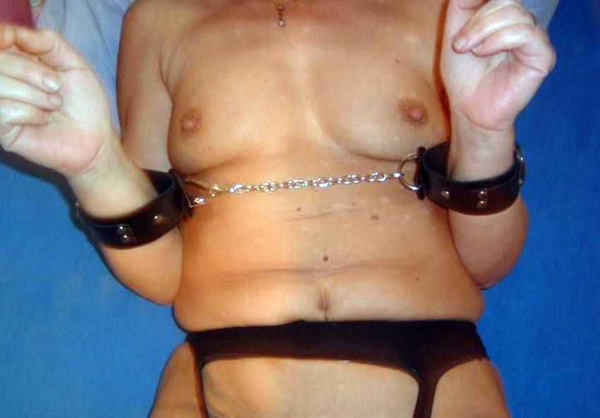 using handcuffs during sex