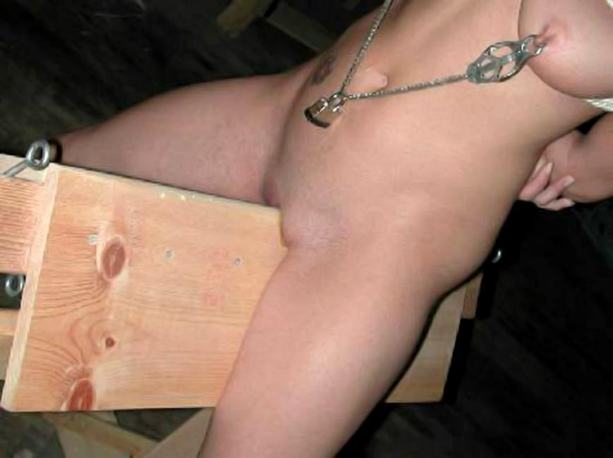 amature-blowjob-pussy-corset-piercing-fucking-sen-garls