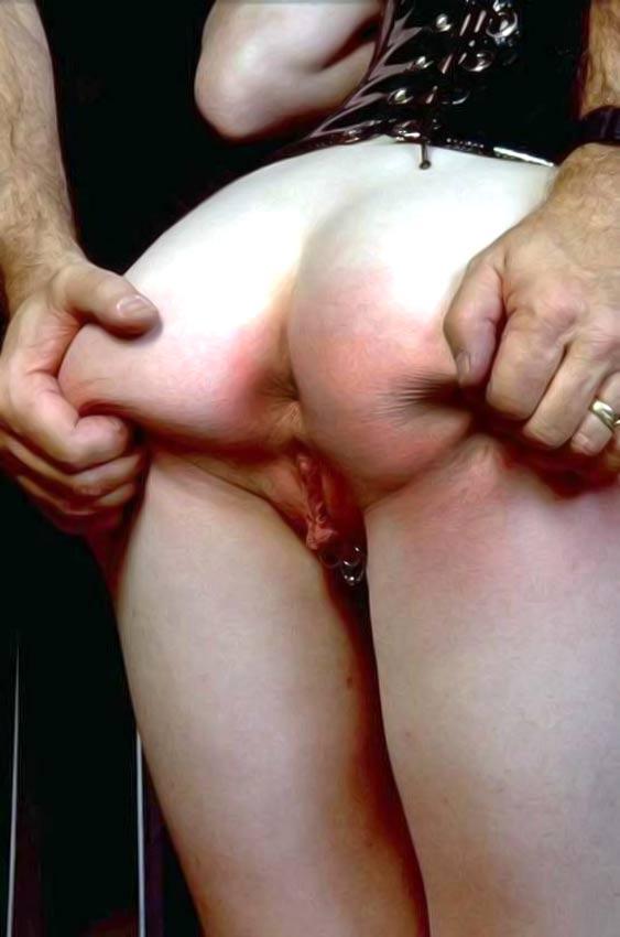 femdom slave p stav blødninger