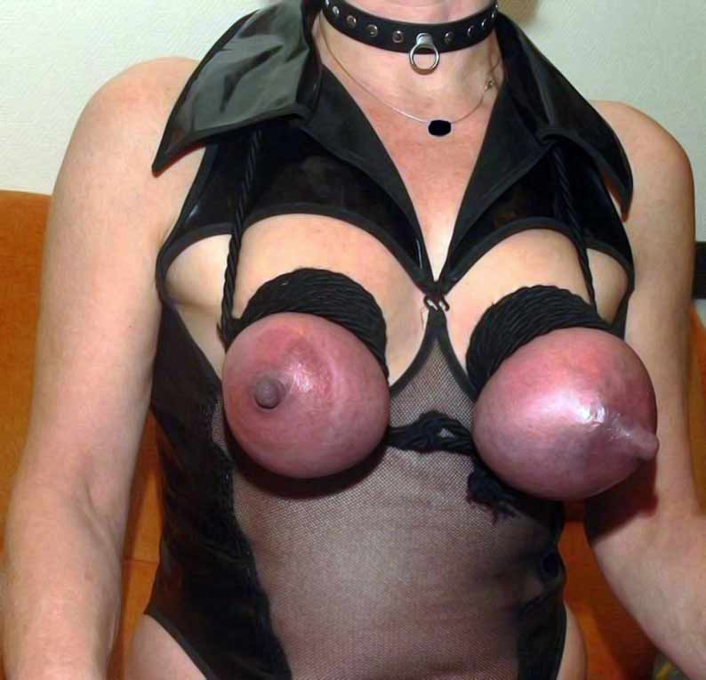 порно грудь пухлые соски бдсм